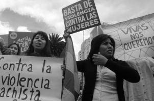 Los cimientos de la violencia hacia la mujerparten de la subvaloración social de lo femenino, mientras que lo masculino aparece como lo superior y hegemónico.  Foto: EFE.