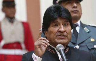 """Morales instó a respetar la soberanía del pueblo venezolano como la mejor manifestación de ayuda y concluyó que """"toda agresión a #Venezuela, es una agresión a #AméricaLatina""""."""